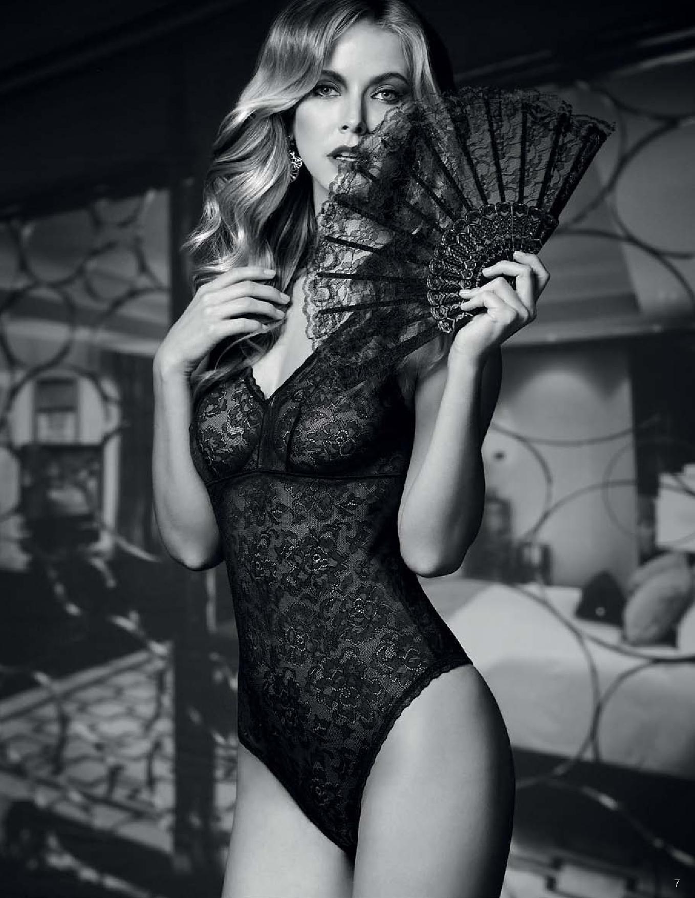 Флоранж - комплект Private Moment - платье, боди, помада, кружевная маска, кружевные митенки, веер и тату